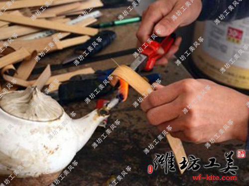 潍坊风筝厂DIY风筝生产—烤竹