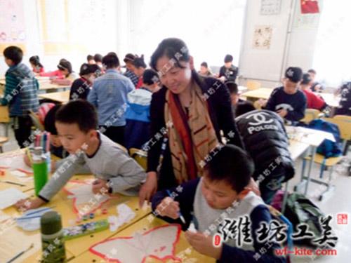 潍坊风筝厂涂鸦DIY风筝制作